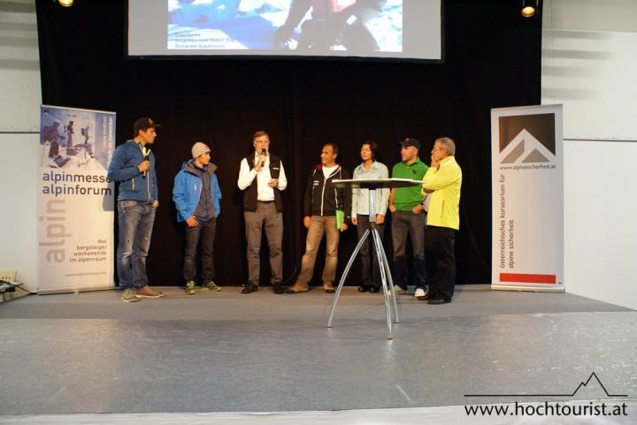 Zum Staunen (v.l.n.r.): David Lama, Wolfgang Nairz, Ralf Dujmovits, Gerlinde Kaltenbrunner, Agel Naglich, Karl Gabl