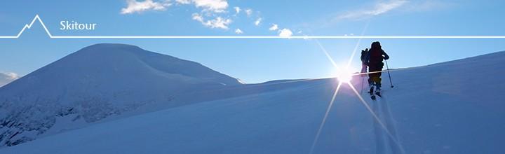Der Sonne entgegen – Skitour auf Horndalsnuten (1461m)