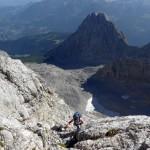 Ansprechende Kletterpassagen wechseln sich mit Gehgelände über dem Watzmannkar ab